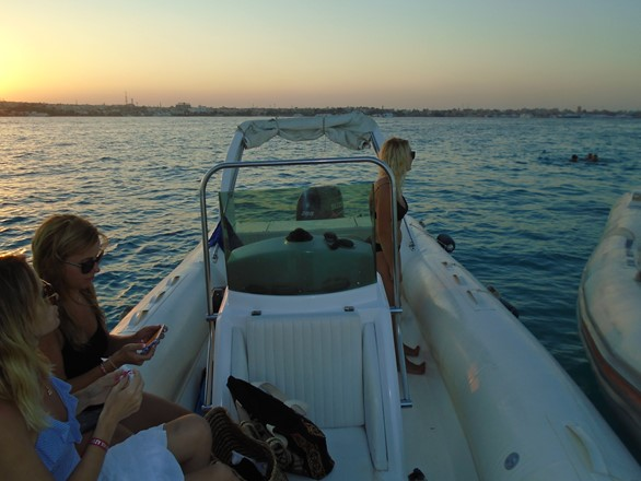 Bullet Speedboats Sunset tour in Hurghada