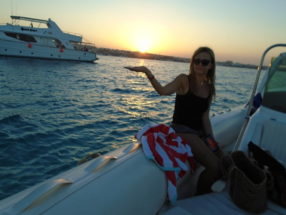 enjoy sunset trip with Bullet Speedboats