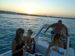 Sunset trip by speedboat Hurghada